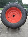 Goodyear 600/65x38, Wheels