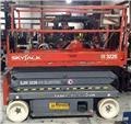 SkyJack SJ III 3226, 2013, Radne platforme na makaze