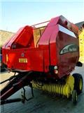 New Holland BR 750, 2004, Quaderpressen