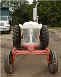 Case IH 401, Traktori