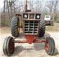 International 1066, Tractores