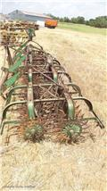 John Deere, Поглинальні борони/грунтові фрези