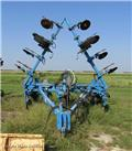 Applicator Pull Type, Other Fertilizing Machines and Accessories