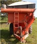 Прицеп-зерновоз United Farm Tools