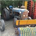 Fordson Super Major, Трактори
