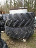 Pirelli 580/70 R42 650/65 R42, Dual Wheels