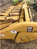 CLAAS 830, 2000, Harvester Headers