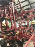 Bourgault 8825, 2008, Mineral Spreaders