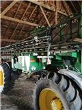 John Deere 4830, 2013, Self-propelled sprayers