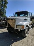 Mack CH 613, 1996, Cab & Chassis