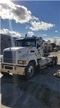 Mack Pinnacle CHU 613, 2013, Unit traktor