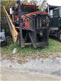 Oshkosh P257SPCL, 1982, Work Trucks / Municipal