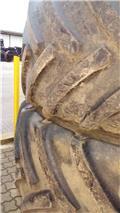 Continental 900/60R38, Däck, hjul och fälgar