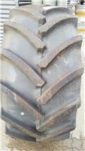 Continental 600/65 R28, Däck, hjul och fälgar