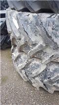 Mitas 650/65R42, Reifen