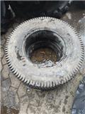 Brigdestone 212/80-15 4pr, Tires, wheels and rims