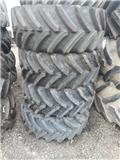 BKT 420/65R24 komplette hjul, Tires, wheels and rims
