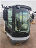 New Holland W 270 B, Cabins and interior