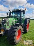 Fendt 820 Vario TMS, 2011, Traktoren