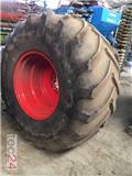 Goodyear Kompletträder 800/65 R 32, Gume in platišča