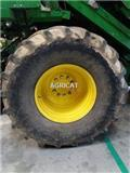 Goodyear 900/55R32, 2004, Roues