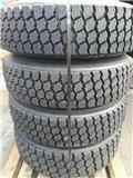 Pinnatut K-auton renkaat vanteineen, 4kpl Michelin, Renkaat