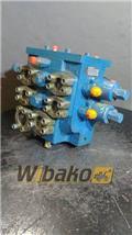 Liebherr R 900, 2000, Hydraulics