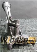 Volvo Hydraulic pump Silnika Volvo D12C, 2000, Silniki