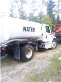 Freightliner 2000, 2017, Water Tankers