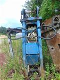 Okada OKB-318、油圧パイルハンマー