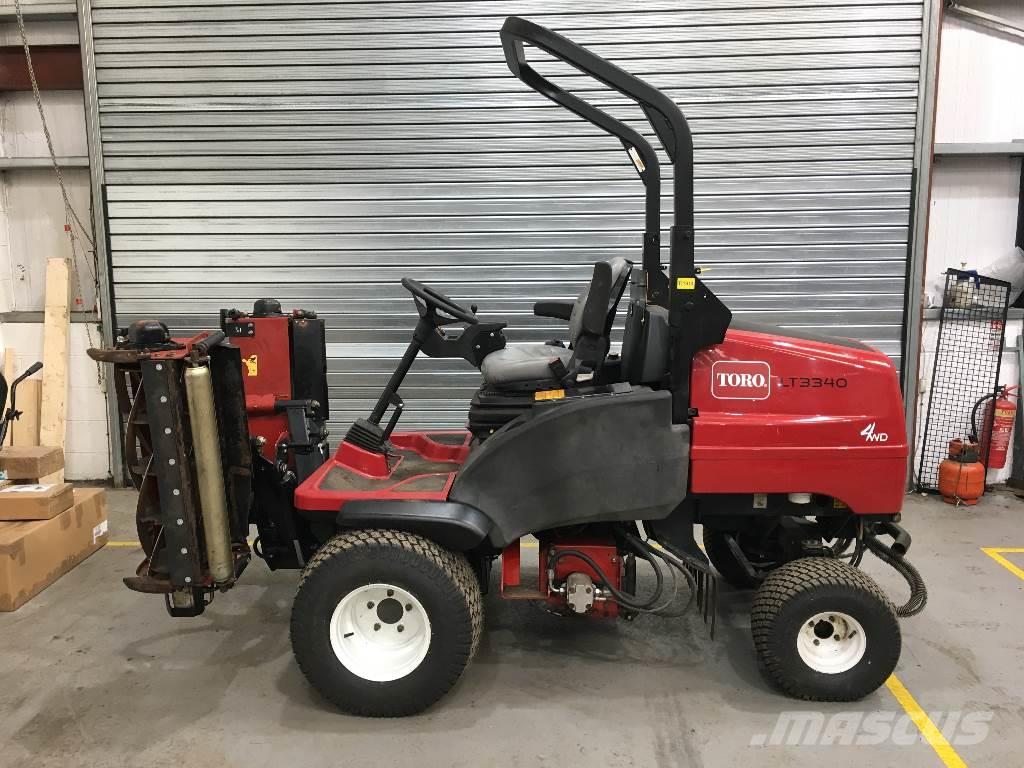 Toro LT3340 TRIPLE MOWER