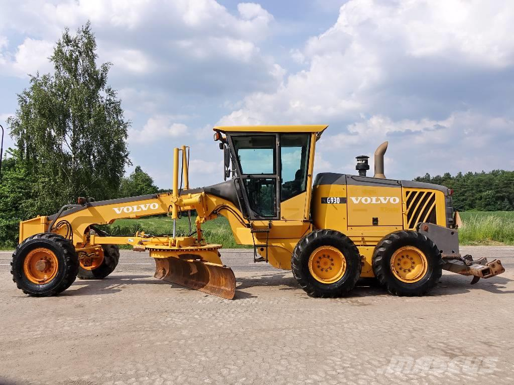 Volvo G930 (with Ripper/Pushblock)