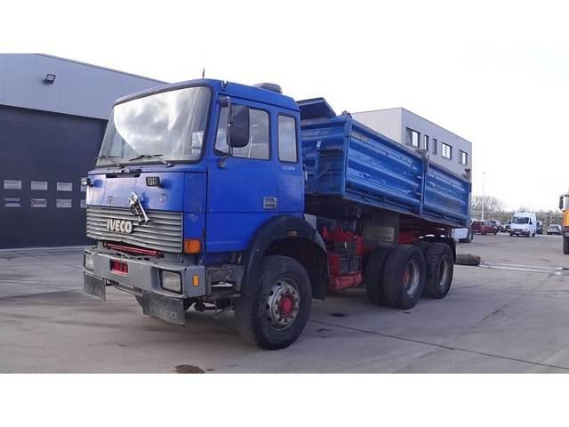 Iveco Magirus 260 - 25 (GRAND PONT / SUSPENSION LAMES /