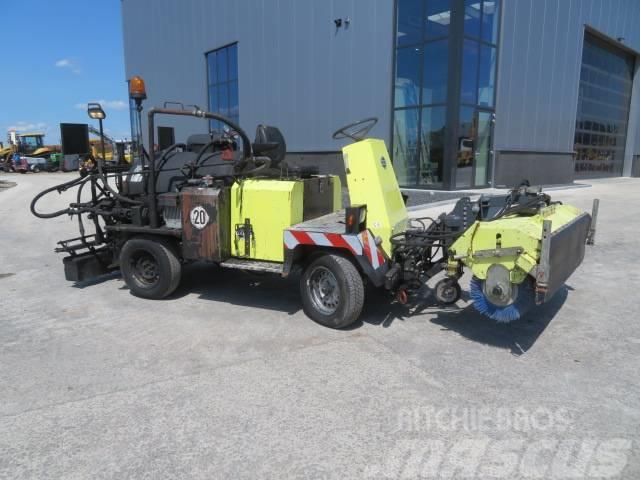 Weiro TM804 SH Bitumen spray truck