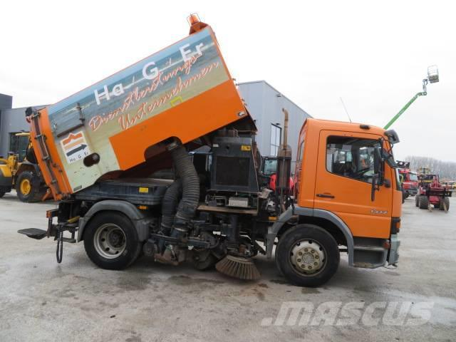 Mercedes-Benz Atego 1317 Road Sweeper / Vacuum cleaner