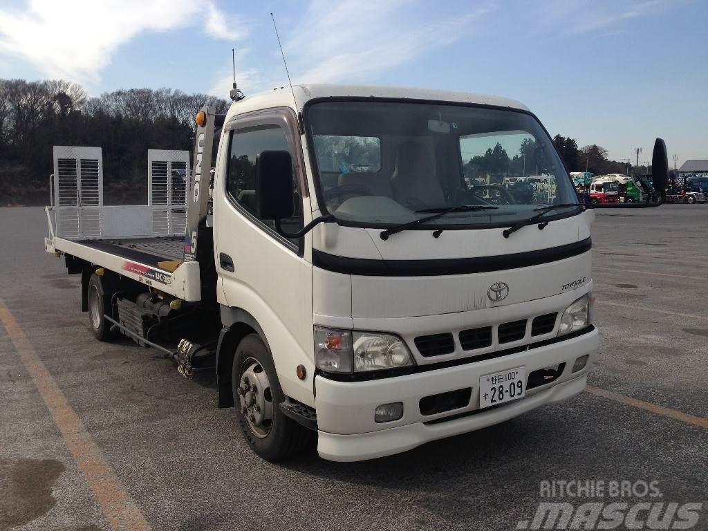 Toyota PB-XZU423