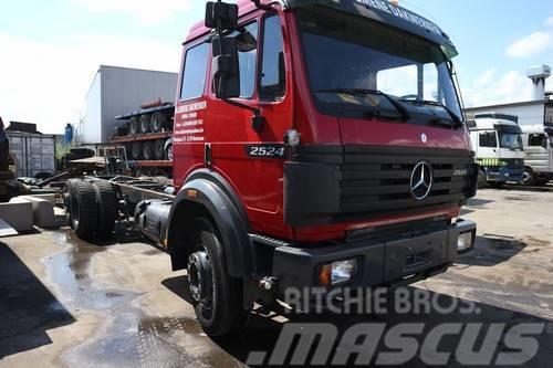 Mercedes-Benz 2524