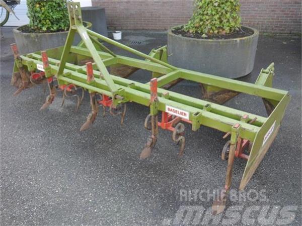 Baselier rugvormer voor gelijkvormige rugopbouw Duijndam Ma