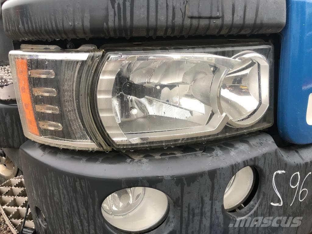 Scania XENON FORLYGTER V8 ( P/N: 2416105 / 2416109 )