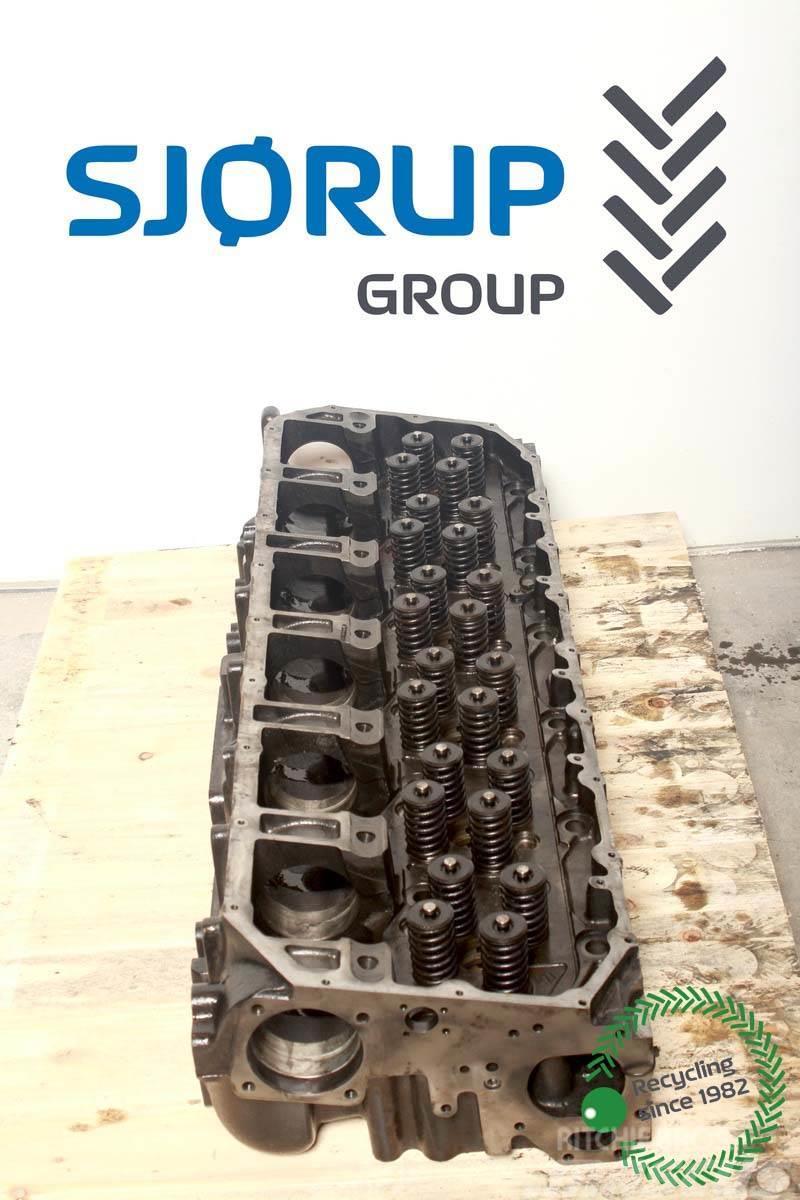 Case IH 9120 Cylinder Head