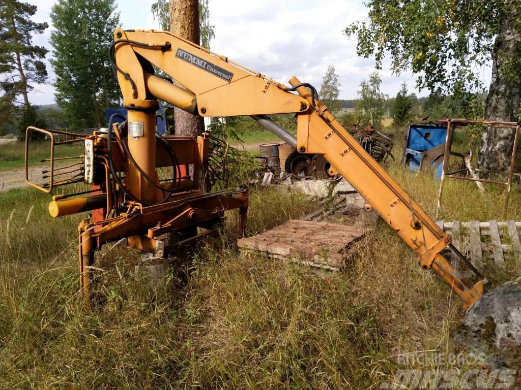 Nummi Kappaletavaranosturi traktorin perään