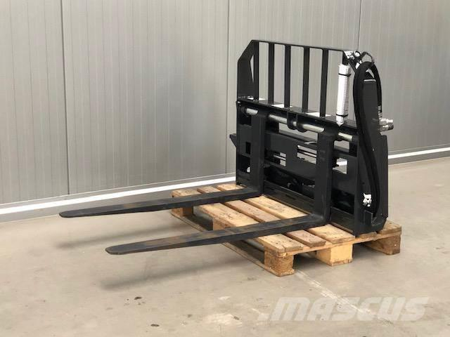 Bobcat Hydrauic Forks   NEW