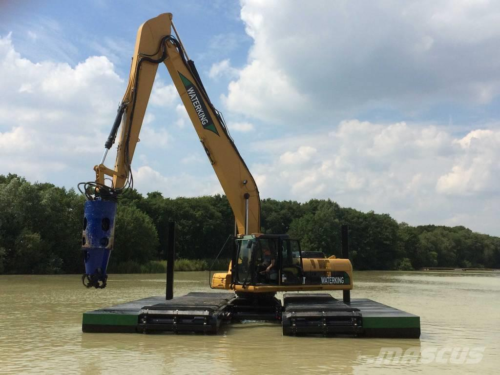 Used Waterking amphibious excavator 22 ton class with dredge