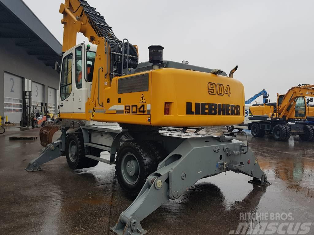 Liebherr A904 C