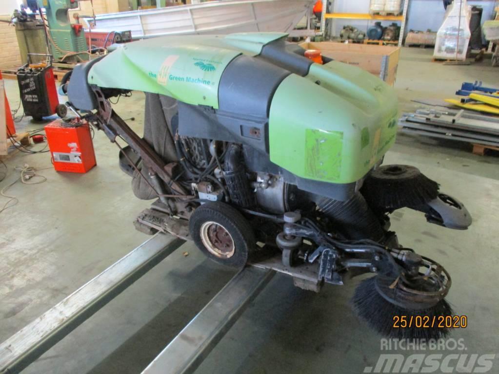 Tennant 414 DIESEL Green Machines Air Sweeper