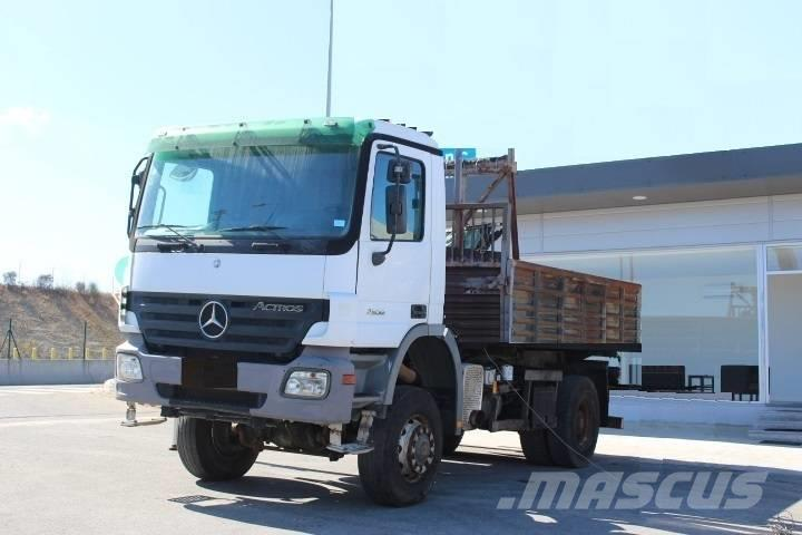 Mercedes-Benz ACTROS 2032 4X4 3 SIDE TIPPER