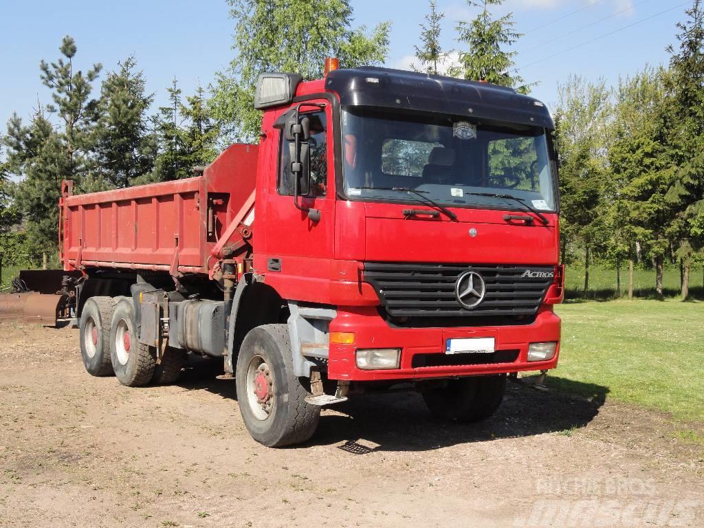 Mercedes-Benz ACTROS 3335AK 6x6 tipper 3-sided + HDS TIRRE 131