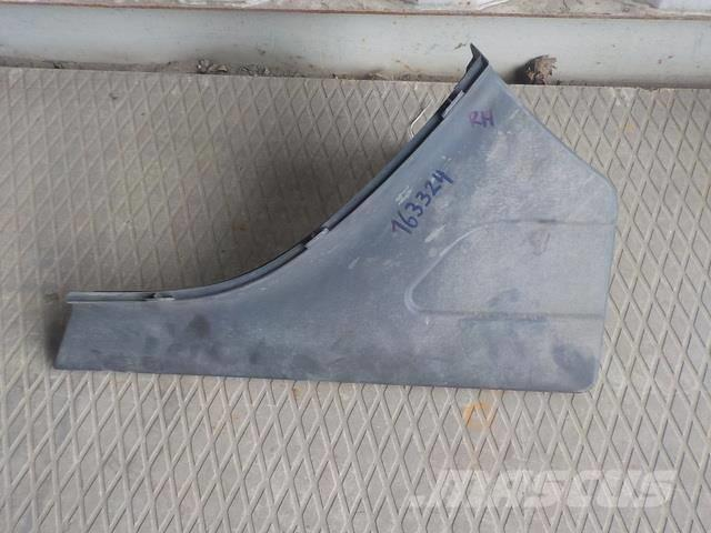 Scania 4 series Fender cover right 1364666 S808134 144206