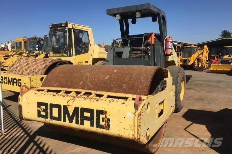 Bomag 2003 Bomag BW212 D-3 Smooth Drum Roller