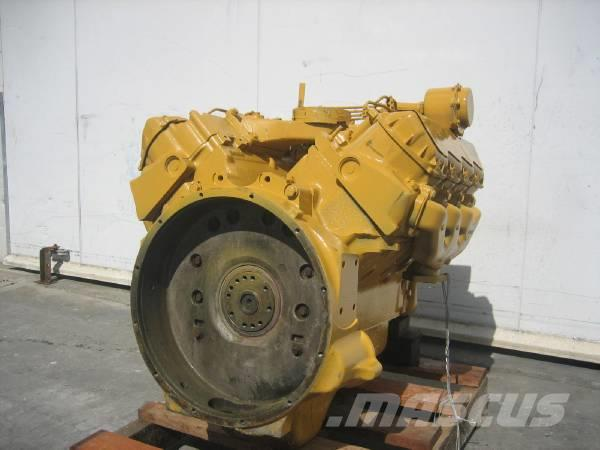 Caterpillar 3208, Motorer